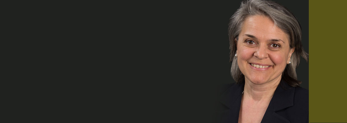 Profile picture of Toronto personal injury lawyer Mary Lou Dejesus.