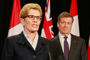 Kathleen Wynne with Toronto mayor John Tory.