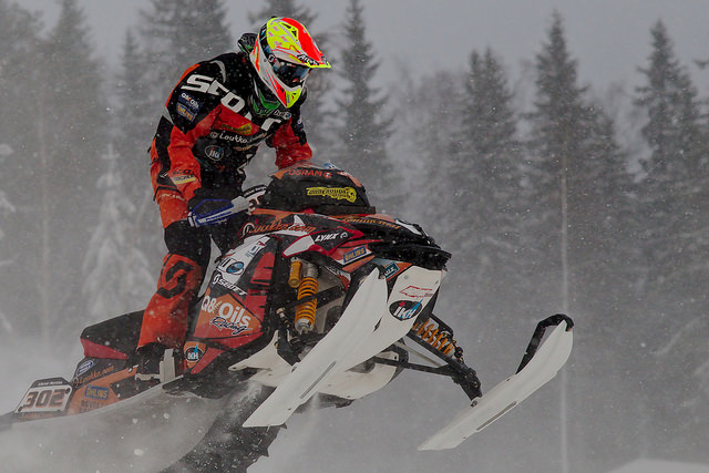 Tips for staying safe while snowmobiling this winter