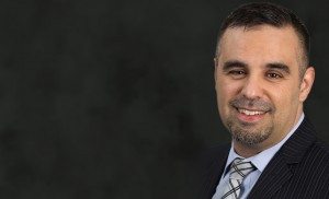 Larger profile picture of Toronto business litigation lawyer William Ribeiro.